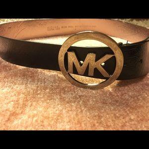 Michael Kors Leather Logo Plaque Belt BLACK